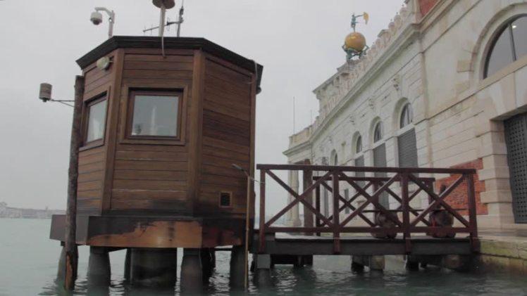 Venice tide gauge